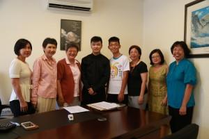 Wilson & KAh Meng at signing