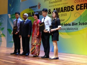 ECEF scholarship students with Tan Sri Ramon Navaratnam