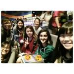Shi Teng with classmates